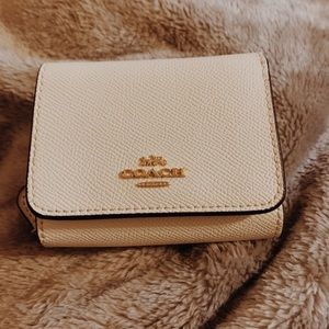 COACH TRIFOLD WALLET